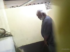 Urinal Hunter Vol. 33