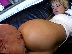 Big assed milf Liza Harper getting anally hammered and cummed
