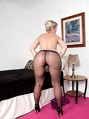 Evey and her adorable butt is back in super clingy dress and sheer nylon pantyhose!