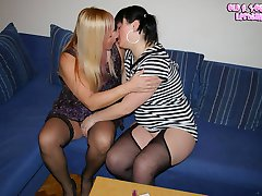 These horny lesbians sure do know how to play