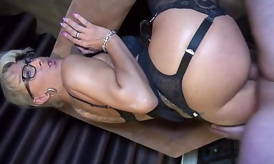 Angee strips stocking lesbian Minnie