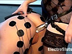 Episode 2 Hanna Reilly is not only brand new to electrosex but is also brand new to porn! I love...