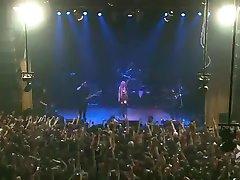 Taylor Momsen Lesbian Dancing Live