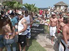 MIAMI BEACH PARTY - Scene 6