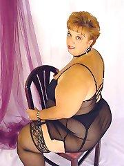 Fat BBW in black lingerie