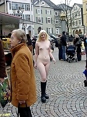 Jessica nude on a shopping tour