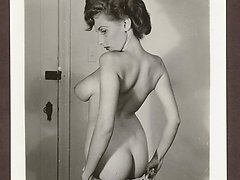 These retro pics shw every detail of hot retro bodies