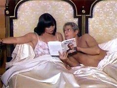 Sexy retro lady gets cock