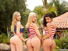 Watch welivetogether scene the snatch gang featuring mia malkova browse free pics of mia malkova from the the snatch gang porn video now
