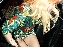 Britney Spears upskirt voyeur free photo gallery
