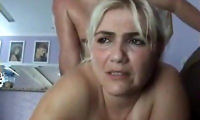 Smoking guy enjoys a passionate deepthroat blowjob from his smoking girlfriend
