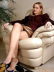 Mischievous chick massaging babe�s beaver with her ready to action strap-on