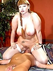 big boobs bbw facesitting