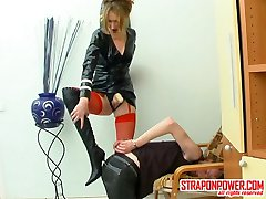 Lascivious chick is proud of her enormous strap-on drilling guy�s asshole