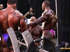 MUSCLEBULLS: 2014 IFBB Mr. Olympia Pump-Up Room