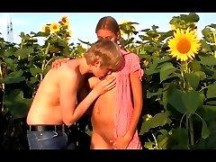 Kitty Jane - Sunflower Girl
