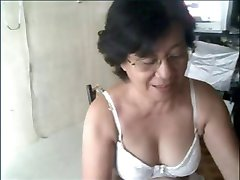 Granny asian on cam