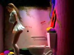 3D Busty Girl Gloryhole!