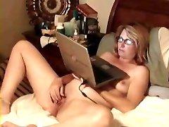 Great stolen video of my nice mom