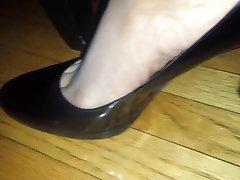 aunty heels