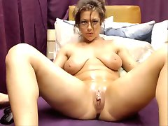 more Sexy Babe Cuming