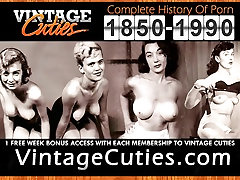 Busty MILF Shows Her Filthy Body 1950s Vintage
