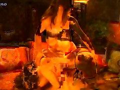 Aria & Sunny - Hot Lesbian Bathtime