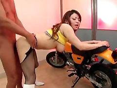 Erotic Japanese Race Queen