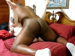 homemade black bull wearing out a big tits wife