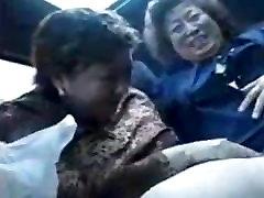 porno-v-avtobuse-aziya