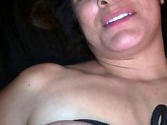 Sexy Syndy loves bodage
