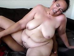 mature mama hot and juicy