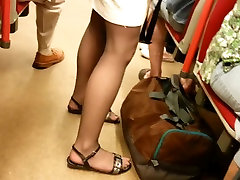 candid pantyhose sexy feet and legs 183