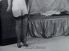Sexy Mature Lady in Stockings Undresses 1950s Vintage