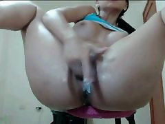Creamy pussy fingering with squirting orgasm