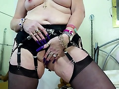 Mature sexbombs mothers with hot bodies