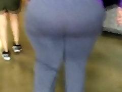 Super Bbw ass at the gym