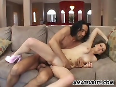 Amateur girlfriend home threesome with cum in mouth