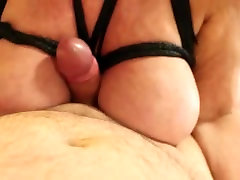 MATURE TITS AND HANDJOB