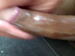ME USING BABYOIL TO WANK MY HARD DICK AND CUM FOR YOU