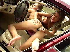 Suzie & Zuzanna - with plump pussy in car