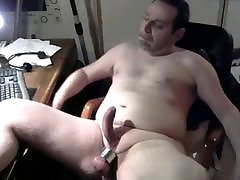 algaycho recording by fan during his webcam show