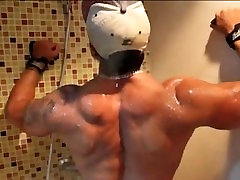 Muscle Hunk Franco in front of Mirror Wank
