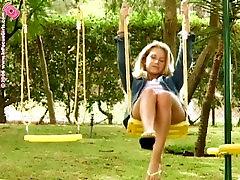 Jana Pee and Swing
