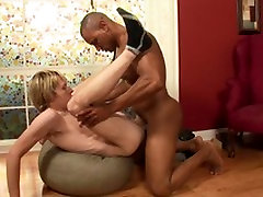 Black muscle hunk breaks in and fucks blonde twink