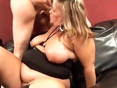 Rylee Peytons fat ass in leather