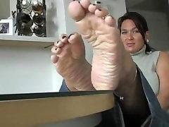 mature feet joi soles