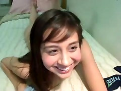 Nerdy Teen Bate .My live webcam show - 4xcams.com