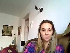 Raluca Maria din Braila face videochat