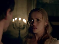 Hannah New naked in Black Sails S03E07 2016